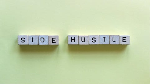 Side hustle482x271